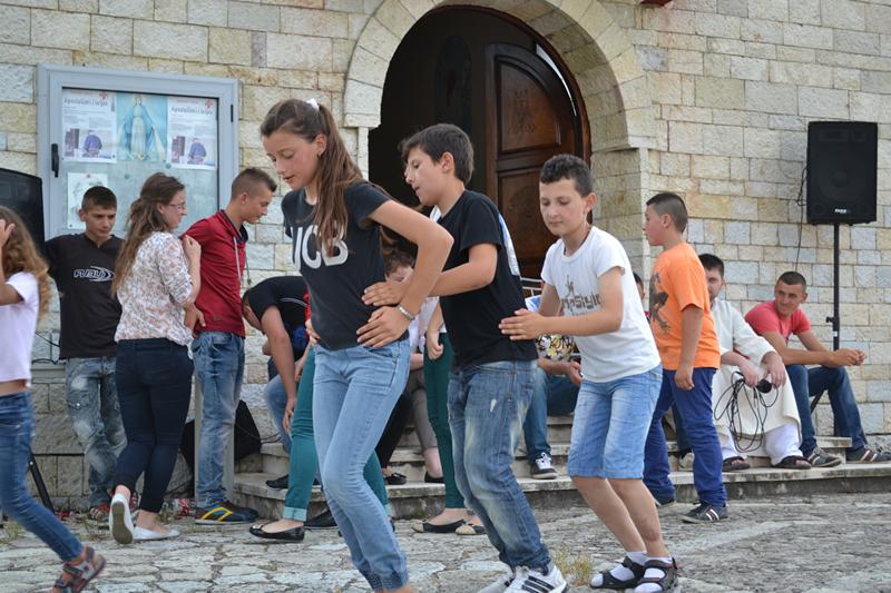 Albania_Bilaj_Pierwsza_Komunia_Swieta_2014_002