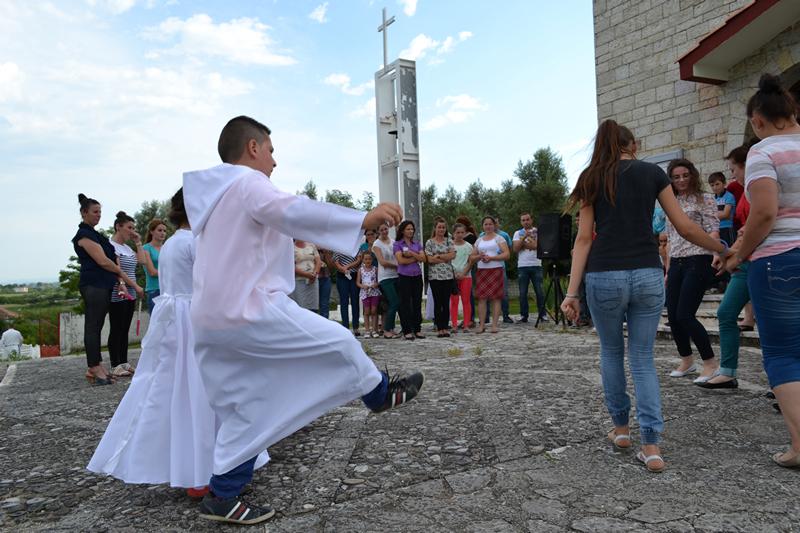 Albania_Bilaj_Pierwsza_Komunia_Swieta_2014_020