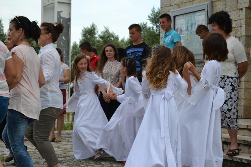 Albania_Bilaj_Pierwsza_Komunia_Swieta_2014_021