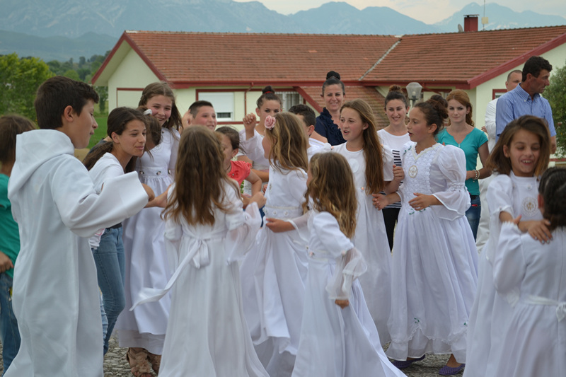 Albania_Bilaj_Pierwsza_Komunia_Swieta_2014_022