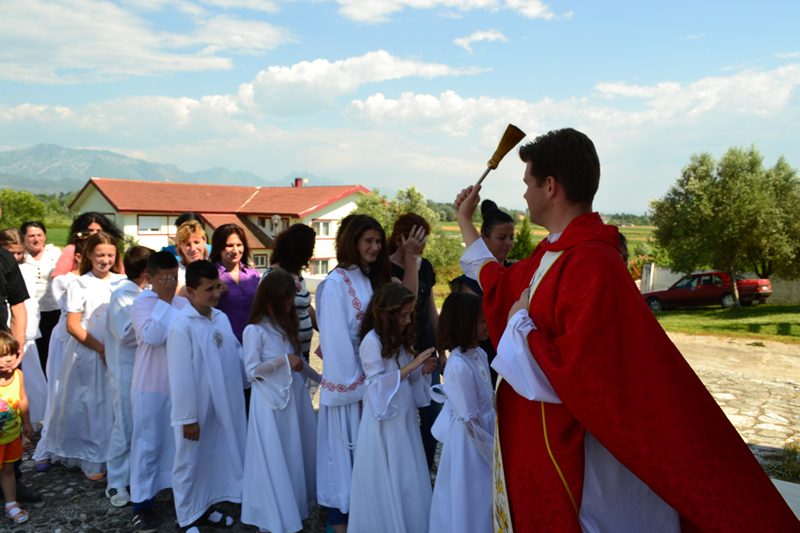 Albania_Bilaj_Pierwsza_Komunia_Swieta_2014_024