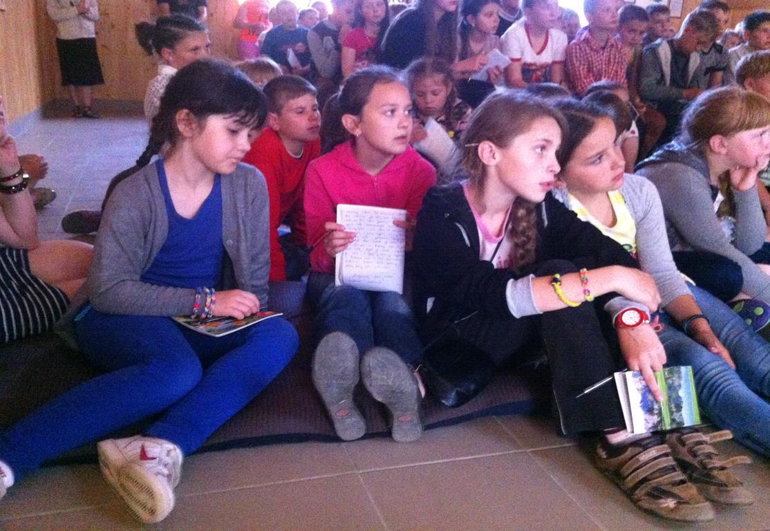 Ukraina-Brzozdowce-Dzieci-z-Brzozdowiec-pod-Howerla_007-misje-sds-pl