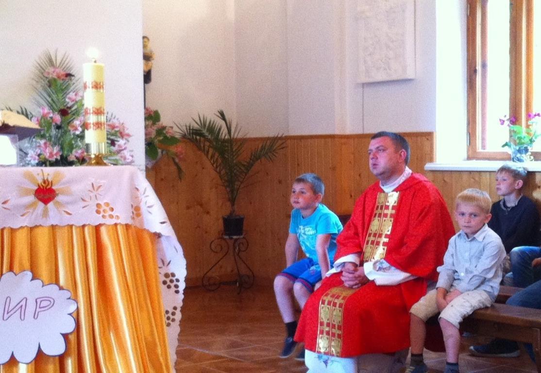 Ukraina-Brzozdowce-Dzieci-z-Brzozdowiec-pod-Howerla_037-misje-sds-pl
