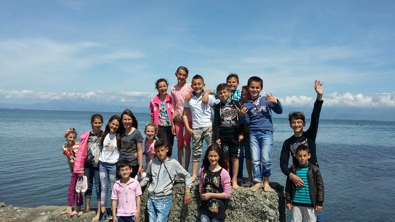 Albania, Bilaj: Majówka z historią
